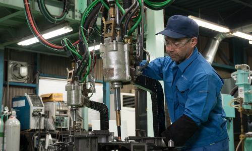 イトウ鋼材加工株式会社 試作開発の流れ 写真4